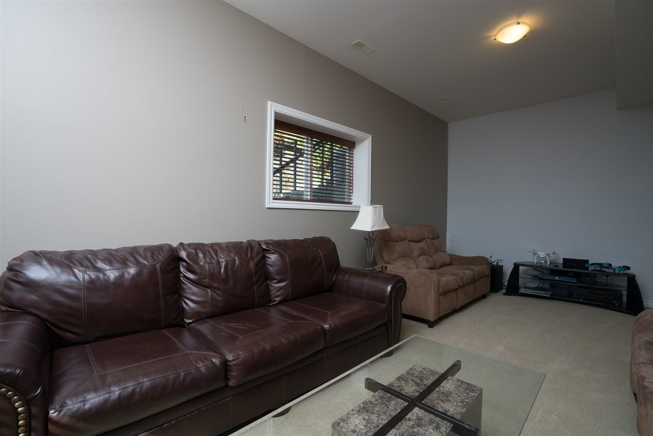 Photo 20: Photos: 8675 SUNBURST Place in Chilliwack: Chilliwack Mountain House for sale : MLS®# R2194271