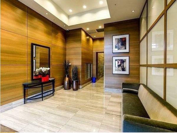 "Main Photo: 1105 15152 RUSSELL Avenue: White Rock Condo for sale in ""Miramar"" (South Surrey White Rock)  : MLS®# R2210774"