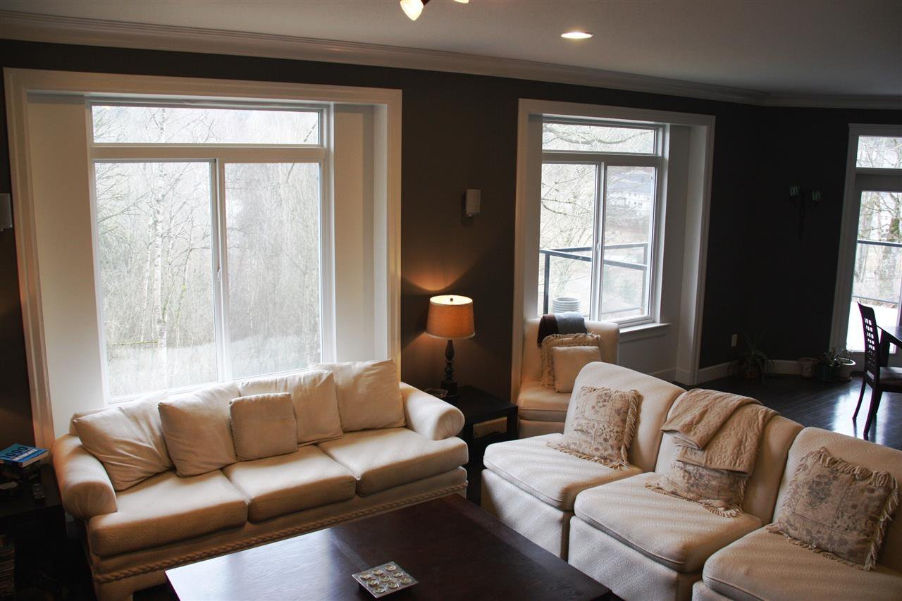 "Photo 8: Photos: 3998 CAVES Court in Abbotsford: Abbotsford East House for sale in ""SANDY HILL"" : MLS®# R2222568"