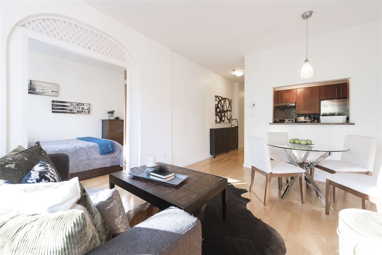 """Main Photo: 106 1265 W 11TH Avenue in Vancouver: Fairview VW Condo for sale in """"BENTLEY PLACE"""" (Vancouver West)  : MLS®# R2241699"""