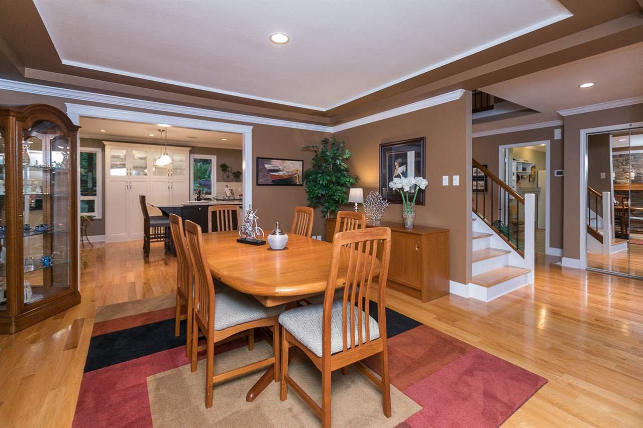 "Photo 2: Photos: 10550 DUNLOP Road in Delta: Nordel House for sale in ""Delsom Village"" (N. Delta)  : MLS®# R2269796"