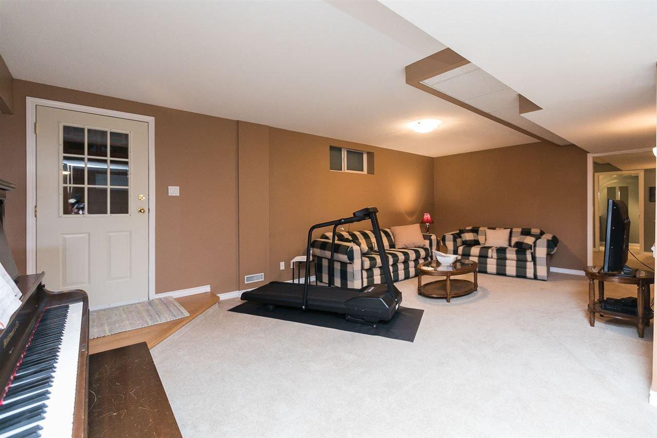 "Photo 15: Photos: 10550 DUNLOP Road in Delta: Nordel House for sale in ""Delsom Village"" (N. Delta)  : MLS®# R2269796"