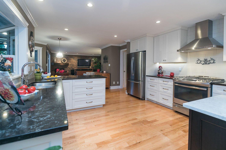 "Photo 35: Photos: 10550 DUNLOP Road in Delta: Nordel House for sale in ""Delsom Village"" (N. Delta)  : MLS®# R2269796"