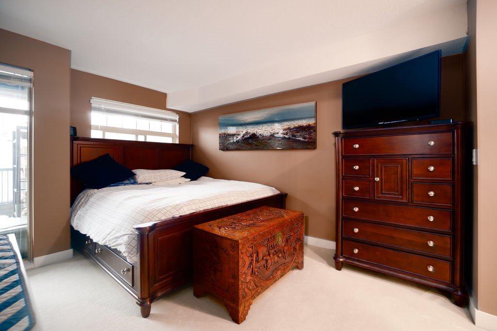 "Photo 10: Photos: 210 12020 207A Street in Maple Ridge: Northwest Maple Ridge Condo for sale in ""WESTBROOKE"" : MLS®# R2326157"