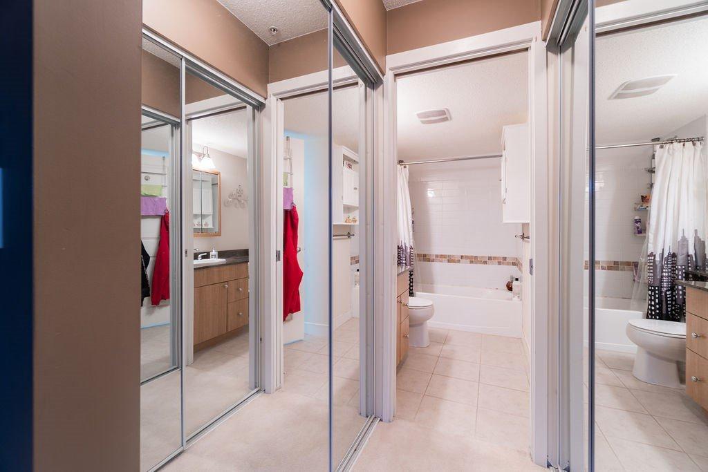 "Photo 12: Photos: 210 12020 207A Street in Maple Ridge: Northwest Maple Ridge Condo for sale in ""WESTBROOKE"" : MLS®# R2326157"
