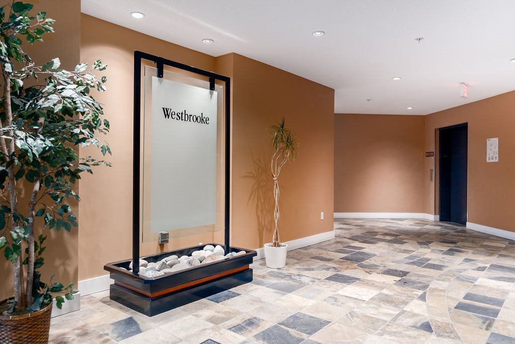 "Photo 18: Photos: 210 12020 207A Street in Maple Ridge: Northwest Maple Ridge Condo for sale in ""WESTBROOKE"" : MLS®# R2326157"