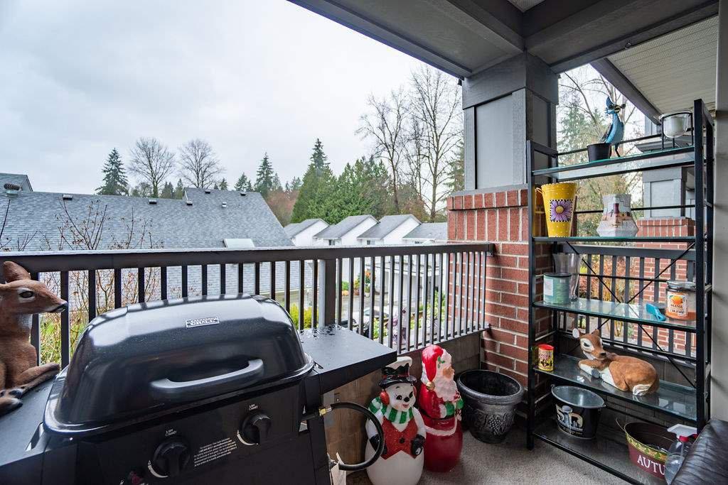 "Photo 16: Photos: 210 12020 207A Street in Maple Ridge: Northwest Maple Ridge Condo for sale in ""WESTBROOKE"" : MLS®# R2326157"