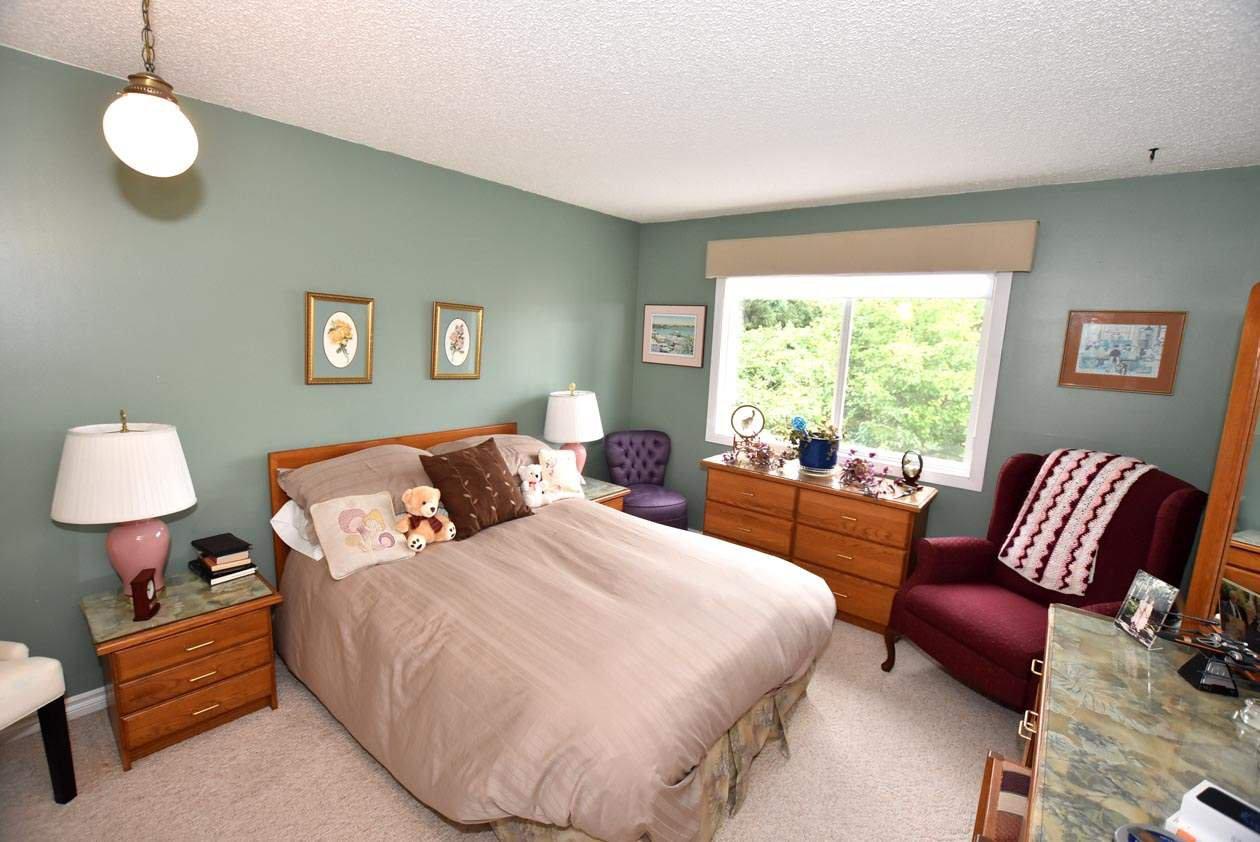 Photo 24: Photos: 26 WHITEOAKS Estates: St. Albert Townhouse for sale : MLS®# E4183337