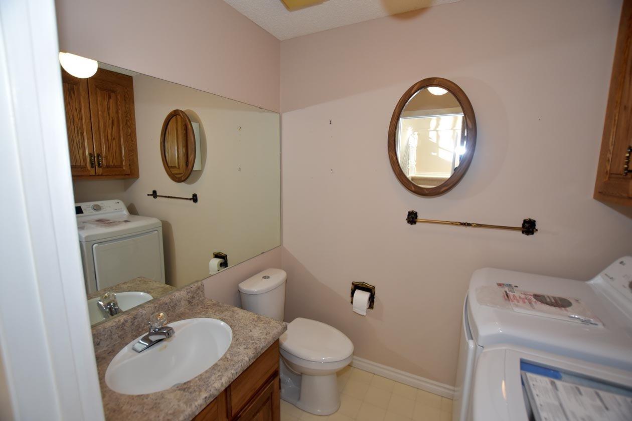 Photo 16: Photos: 26 WHITEOAKS Estates: St. Albert Townhouse for sale : MLS®# E4183337