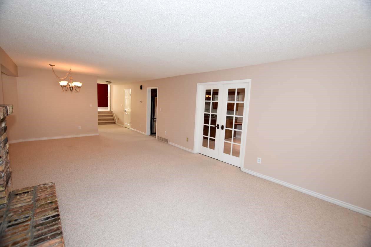 Photo 14: Photos: 26 WHITEOAKS Estates: St. Albert Townhouse for sale : MLS®# E4183337