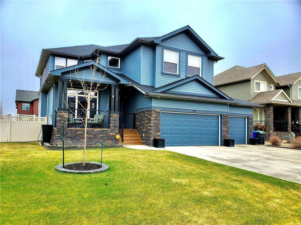 Main Photo: 516 BOULDER CREEK Green S: Langdon Detached for sale : MLS®# C4299563