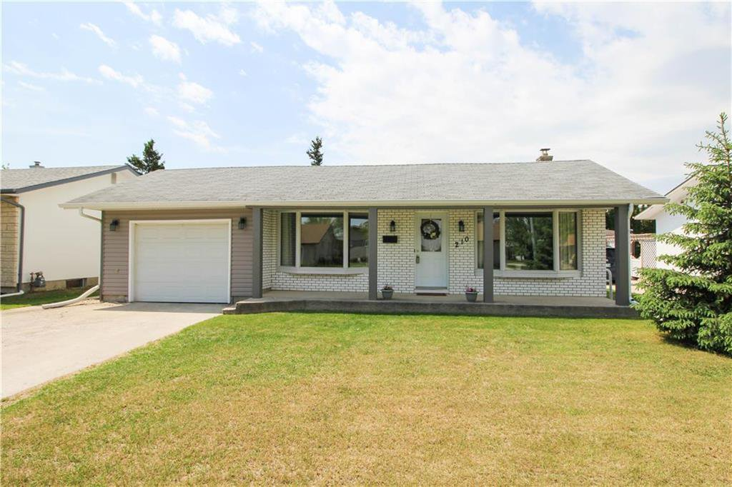 Main Photo: 210 Donwood Drive in Winnipeg: Residential for sale (3F)  : MLS®# 202012027