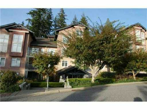 """Main Photo: 205 1144 STRATHAVEN Drive in North Vancouver: Northlands Condo for sale in """"STRATHAVEN"""" : MLS®# V905686"""