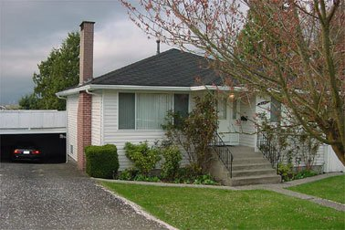 Main Photo: 5155 Grafton Court: House for sale (Forglen)  : MLS®# 287534