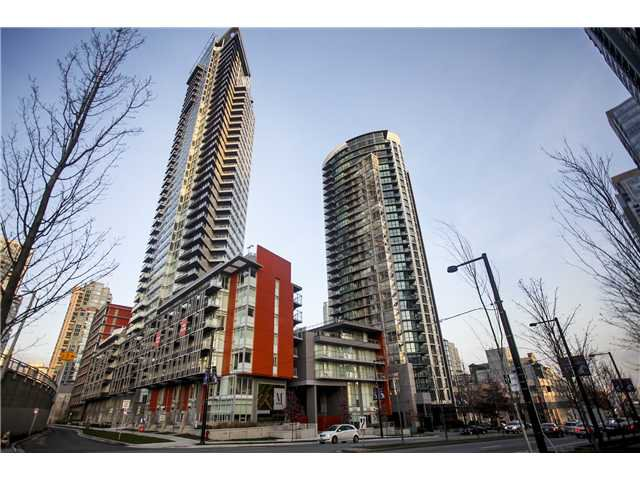 """Main Photo: # 3305 1372 SEYMOUR ST in Vancouver: Downtown VW Condo for sale in """"THE MARK"""" (Vancouver West)  : MLS®# V1042380"""