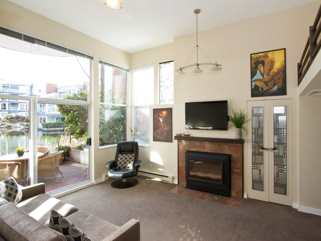 """Main Photo: 1598 ISLAND PARK Walk in Vancouver: False Creek Townhouse for sale in """"THE LAGOONS"""" (Vancouver West)  : MLS®# V1052642"""