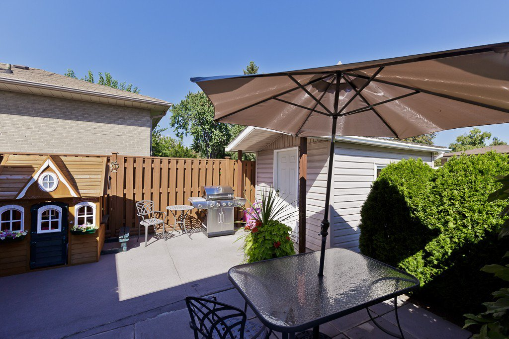 Photo 8: Photos: 1289 Daimler Road in Mississauga: Clarkson House (Bungalow-Raised) for sale : MLS®# W3028848