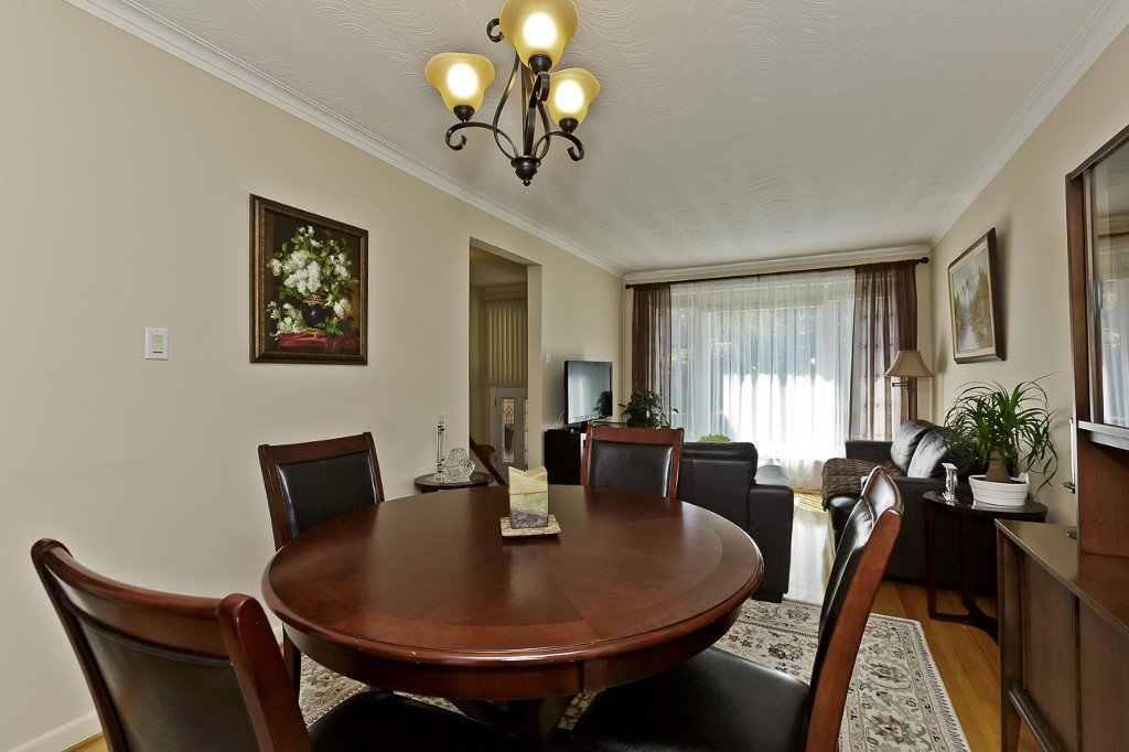 Photo 16: Photos: 1289 Daimler Road in Mississauga: Clarkson House (Bungalow-Raised) for sale : MLS®# W3028848