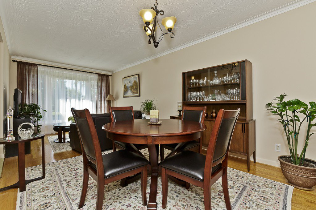 Photo 15: Photos: 1289 Daimler Road in Mississauga: Clarkson House (Bungalow-Raised) for sale : MLS®# W3028848