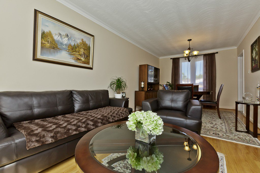 Photo 12: Photos: 1289 Daimler Road in Mississauga: Clarkson House (Bungalow-Raised) for sale : MLS®# W3028848