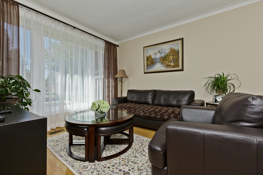 Photo 18: Photos: 1289 Daimler Road in Mississauga: Clarkson House (Bungalow-Raised) for sale : MLS®# W3028848