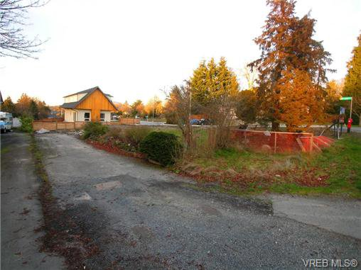 Main Photo: 1280 Union Rd in VICTORIA: SE Blenkinsop Land for sale (Saanich East)  : MLS®# 691087
