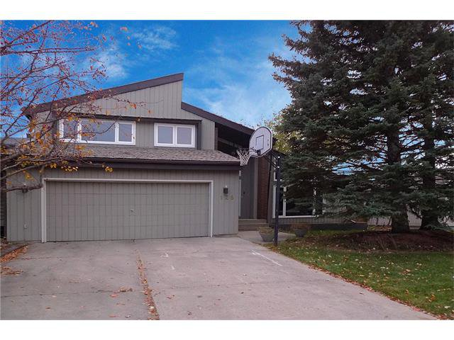 Main Photo: 128 PUMP HILL Green SW in Calgary: Pump Hill House for sale : MLS®# C4037555