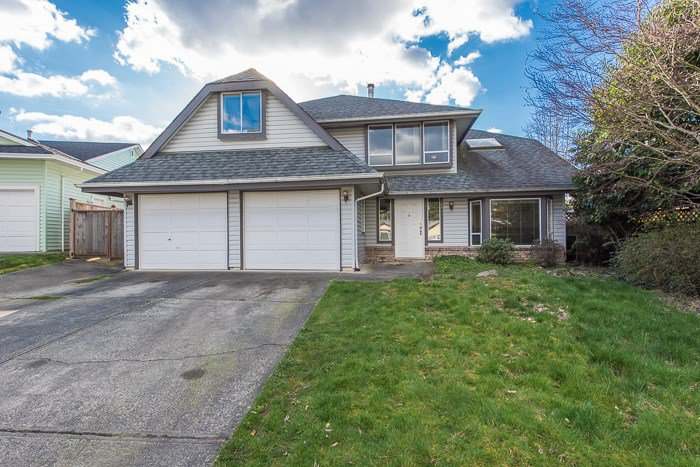 "Main Photo: 12083 BLOSSOM Street in Maple Ridge: East Central House for sale in ""Blossom Park"" : MLS®# R2046965"