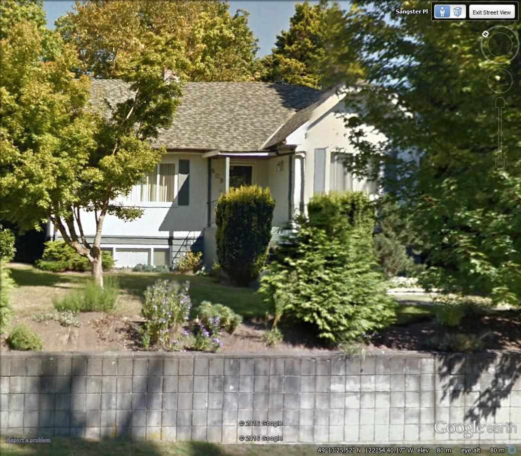 Main Photo: 809 SANGSTER Place in New Westminster: The Heights NW House for sale : MLS®# R2048565