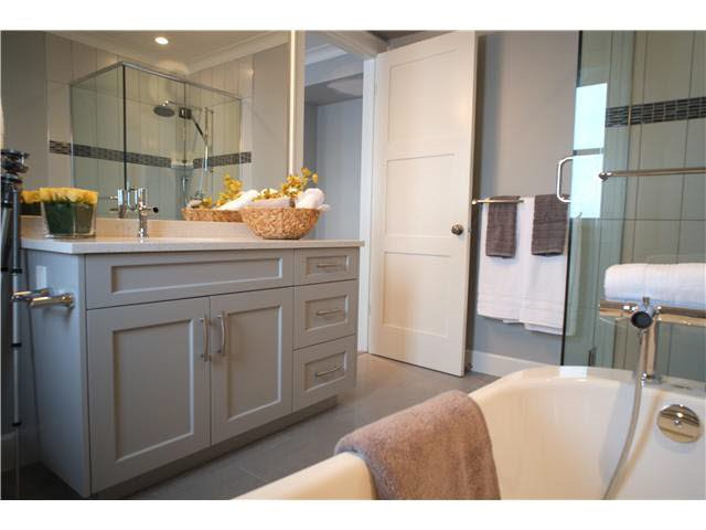 Photo 13: Photos: 334 W 14TH Avenue in Vancouver: Mount Pleasant VW Townhouse for sale (Vancouver West)  : MLS®# R2074925