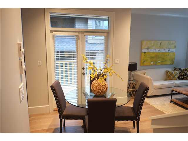 Photo 5: Photos: 334 W 14TH Avenue in Vancouver: Mount Pleasant VW Townhouse for sale (Vancouver West)  : MLS®# R2074925