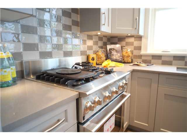 Photo 7: Photos: 334 W 14TH Avenue in Vancouver: Mount Pleasant VW Townhouse for sale (Vancouver West)  : MLS®# R2074925