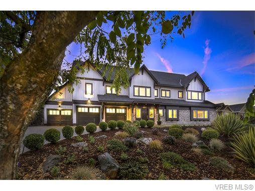 Main Photo: 2038 Troon Court in VICTORIA: La Bear Mountain Single Family Detached for sale (Langford)  : MLS®# 370184