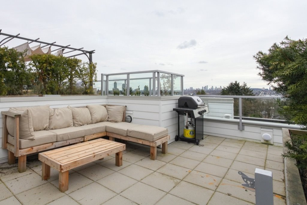 """Photo 9: Photos: PH5 388 KOOTENAY Street in Vancouver: Hastings East Condo for sale in """"VIEW 388"""" (Vancouver East)  : MLS®# R2150630"""
