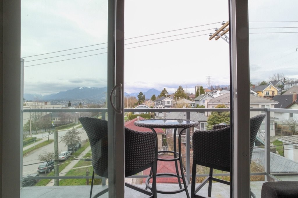 """Photo 17: Photos: PH5 388 KOOTENAY Street in Vancouver: Hastings East Condo for sale in """"VIEW 388"""" (Vancouver East)  : MLS®# R2150630"""