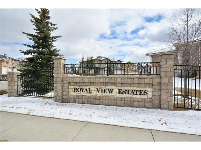Main Photo: 193 ROYAL CREST View NW in Calgary: Royal Oak House for sale : MLS®# C4107990