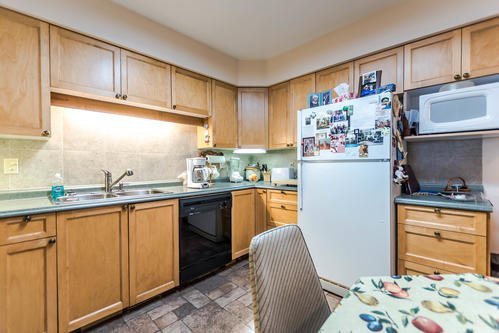 Photo 7: Photos: 407 WILSON Street in New Westminster: Sapperton House for sale : MLS®# R2153127