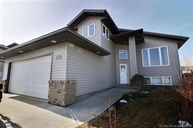 Main Photo: 3110 66 Avenue Court in Lloydminster: Residential for sale : MLS®# CA0107216