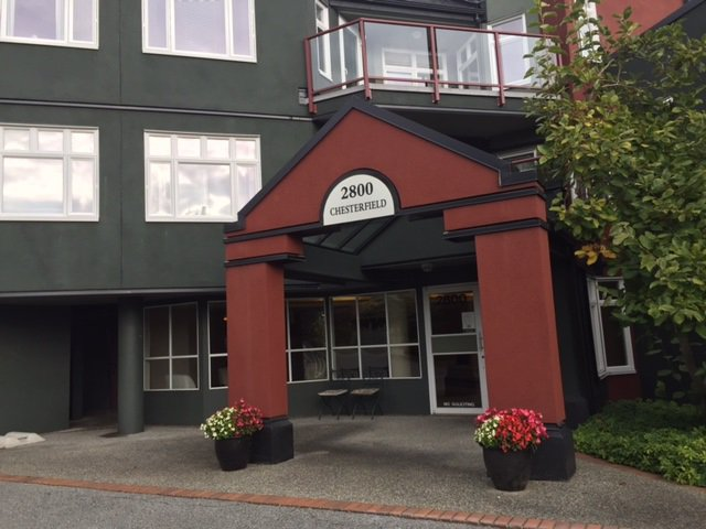 Main Photo: 401 2800 CHESTERFIELD AVENUE in North Vancouver: Upper Lonsdale Condo for sale : MLS®# R2116386
