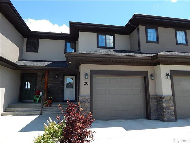 Main Photo: 20 Landsbury Terrace in Niverville: Fifth Avenue Estates Residential for sale (R07)  : MLS®# 1718242