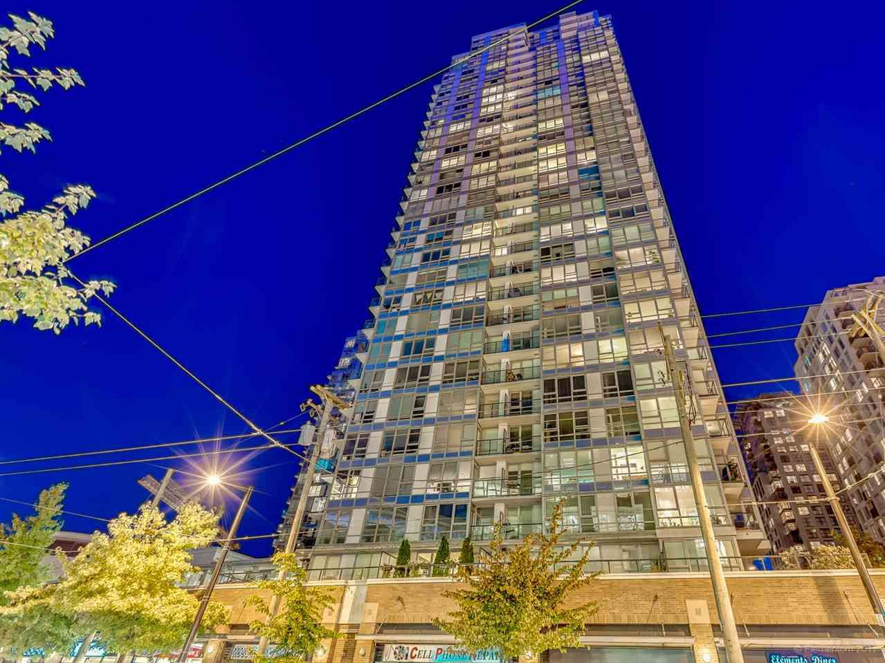 """Main Photo: 1811 928 BEATTY Street in Vancouver: Yaletown Condo for sale in """"YALETOWN"""" (Vancouver West)  : MLS®# R2210928"""