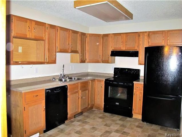 Photo 7: Photos:  in Winnipeg: Harbour View South Residential for sale (3J)  : MLS®# 1730616