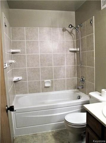 Photo 15: Photos:  in Winnipeg: Harbour View South Residential for sale (3J)  : MLS®# 1730616