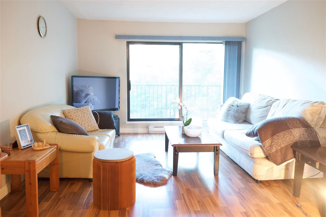 Main Photo: 217 6931 COONEY ROAD in Richmond: Brighouse Condo for sale : MLS®# R2226618