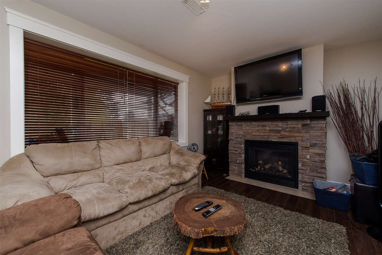 Photo 14: Photos: 2024 - 2026 MAJESTIC Crescent in Abbotsford: Abbotsford West House Duplex for sale : MLS®# R2460566