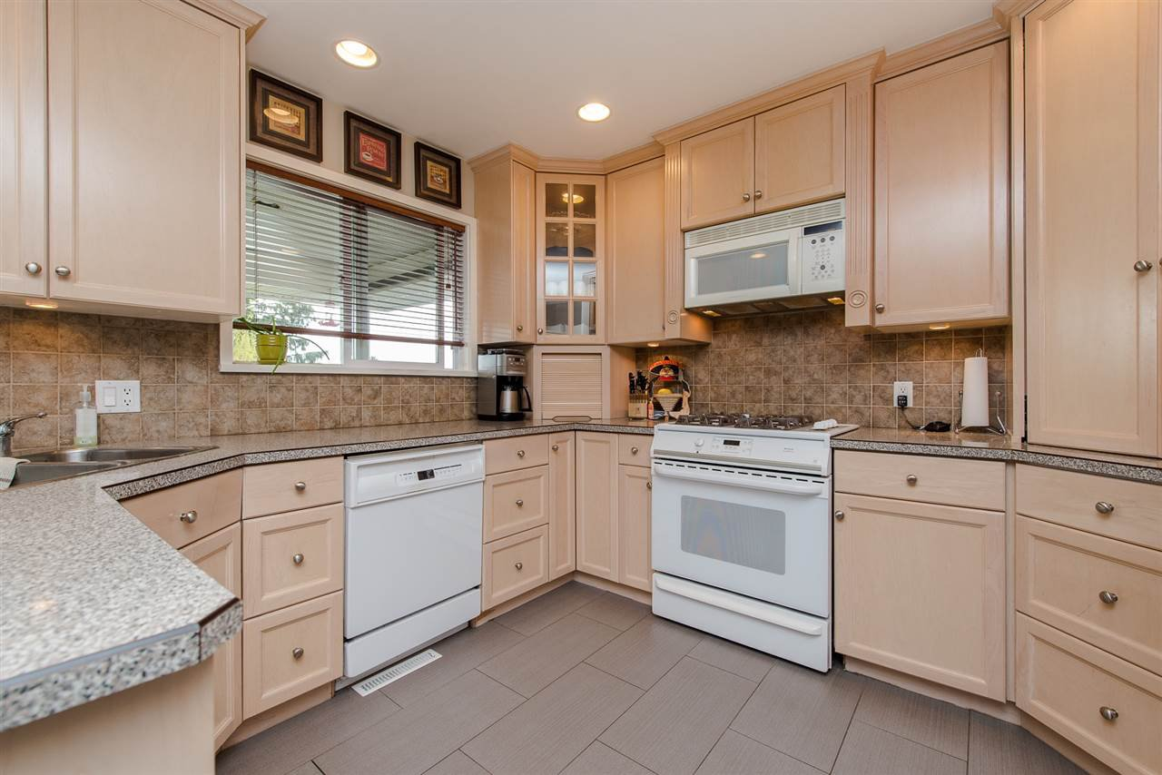 Photo 6: Photos: 2024 - 2026 MAJESTIC Crescent in Abbotsford: Abbotsford West House Duplex for sale : MLS®# R2460566
