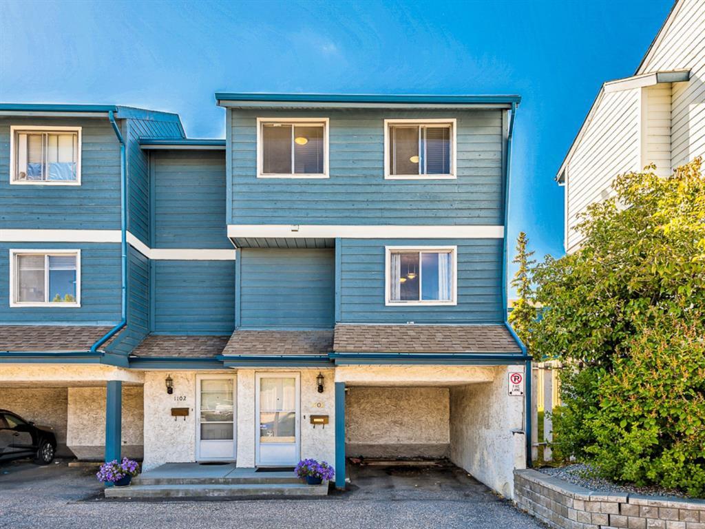Main Photo: 1101 919 38 Street NE in Calgary: Marlborough Row/Townhouse for sale : MLS®# A1031819