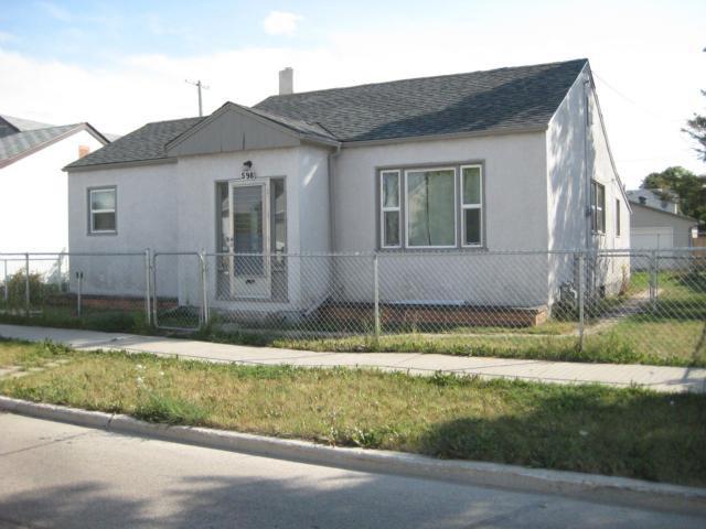 Main Photo: 598 Martin Avenue East in WINNIPEG: East Kildonan Residential for sale (North East Winnipeg)  : MLS®# 1116501