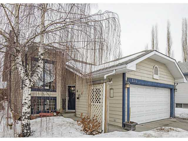 Main Photo: 114 SUNDOWN Close SE in CALGARY: Sundance Residential Detached Single Family for sale (Calgary)  : MLS®# C3601498