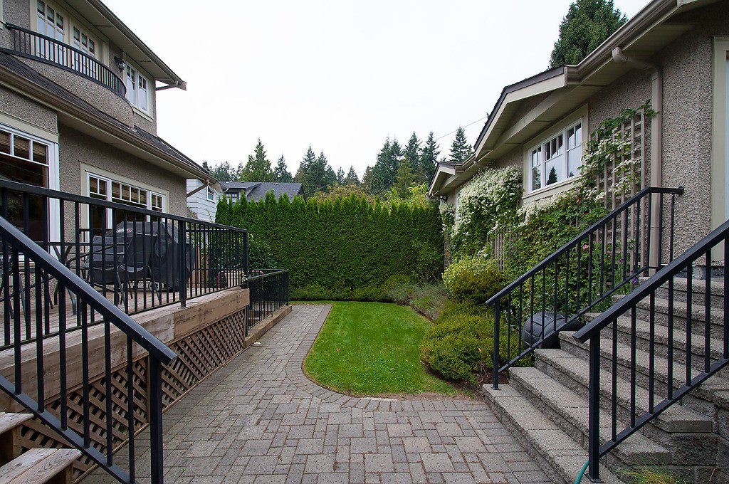 Photo 36: Photos: 4069 W 34TH Avenue in Vancouver: Dunbar House for sale (Vancouver West)  : MLS®# V1086034